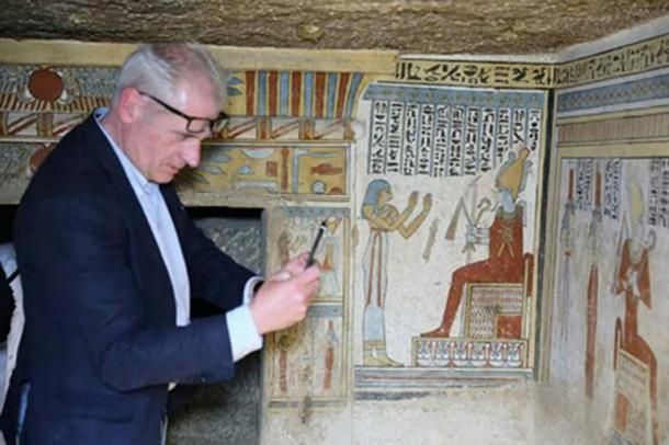 Inside the painted tomb. Credit: Ministry of Antiquities
