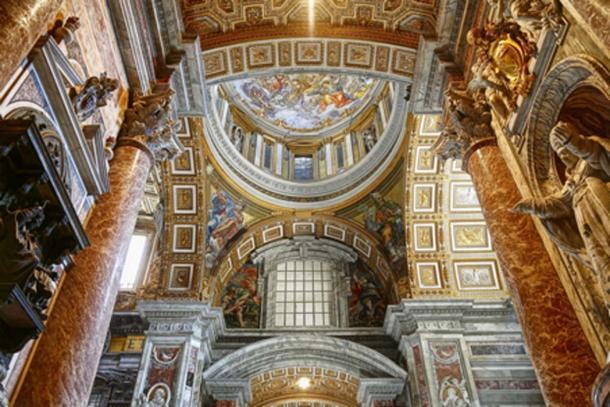 Interior of St Peter's Basilica (wajan/ Adobe Stock)