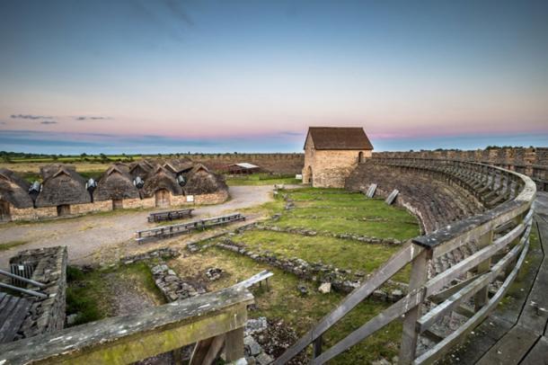 Interior of the circular fortress at Eketorp Fort (Fotolia)