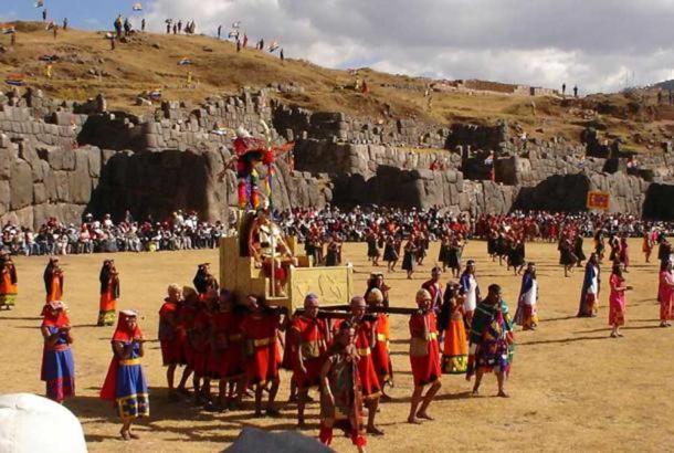Inti Raymi at Saksaywaman, Cusco. (CC BY SA 3.0)