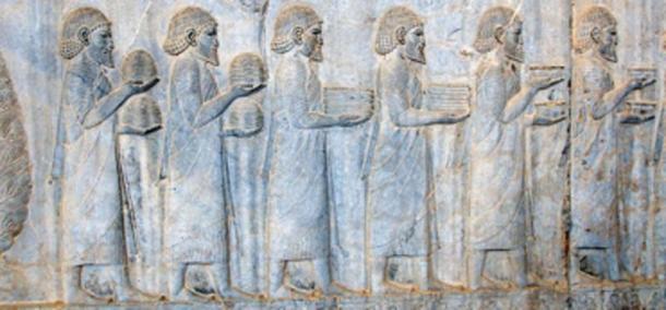 Ionian tribute bearers on the Apadana staircase. (Magnus Manske / CC BY-SA 2.0)