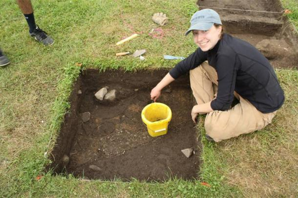 Dating Iroquoia project member Samantha Sanft excavating at White Springs, New York. (Samantha Sanft and Kurt Jordan, CC BY-ND / Author provided)