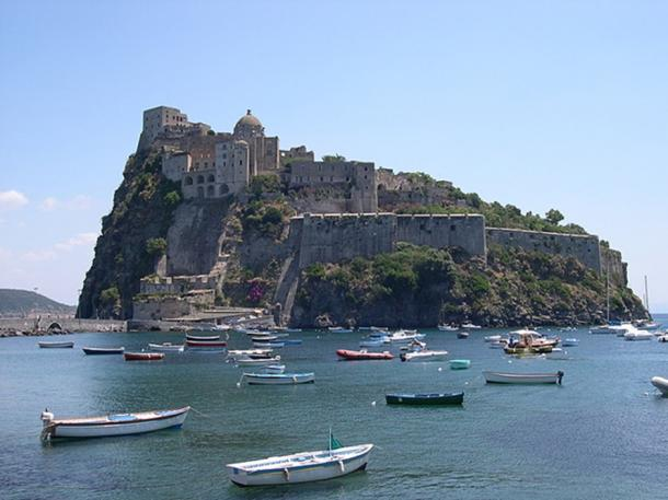 The island of Ischia's Aragonese Castle. (CC BY-SA 3.0)