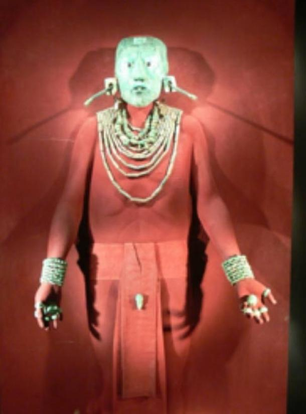 Jade funerary mask and ornamentation of king K'inich Janaab' Pakal.