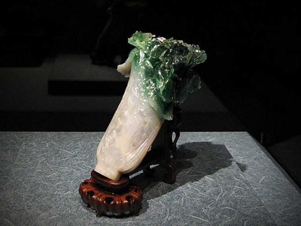 Jadeite Cabbage - Jin received it as part of her dowry for her wedding to Guangxu, in 1889.