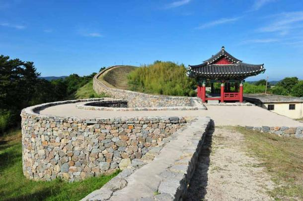 The historic Janggieupseong site built by the Goryeo dynasty, located in the Janggi-myeon, Pohang, Gyeongsangbuk-do, South Korea.  (Yeongsik Im / Adobe Stock)