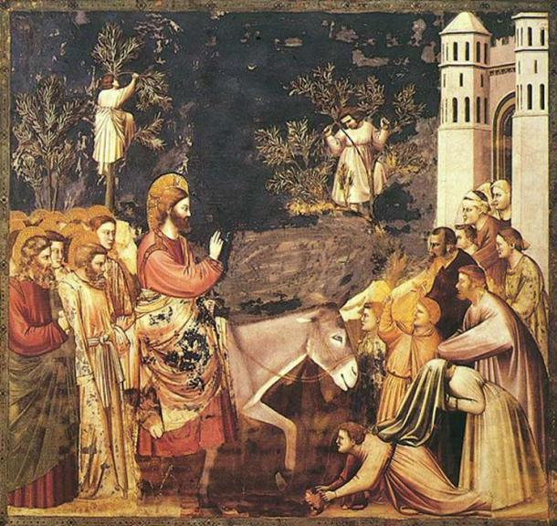 Jesus enters Jerusalem and the crowds welcome him. By Giotto, 14th century. (Public Domain)