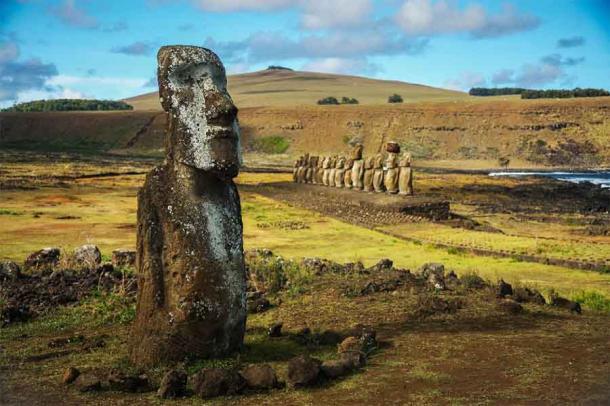 Moai statues at Rapa Nui National Park (Easter Island). (Pedro /Adobe Stock)