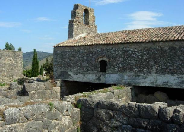 John the Baptist church on top of the ruins of the Nekromanteion (public domain)