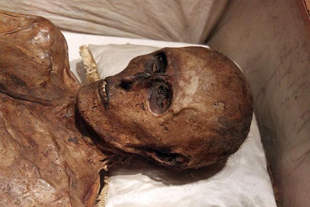 When Kahlbutz' coffin was opened, his body was found to be mummified