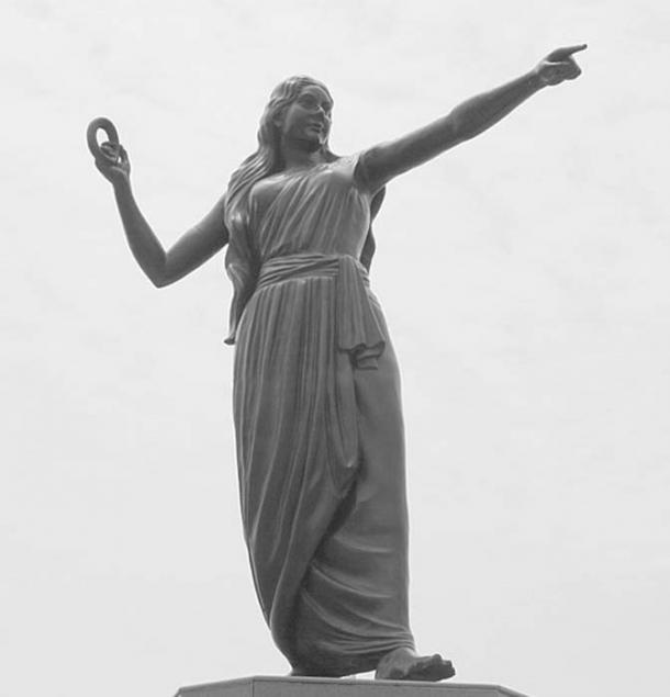Kannagi statue in Marina Beach, Chennai. (Balamurugan Srinivasan/CC BY 2.0)