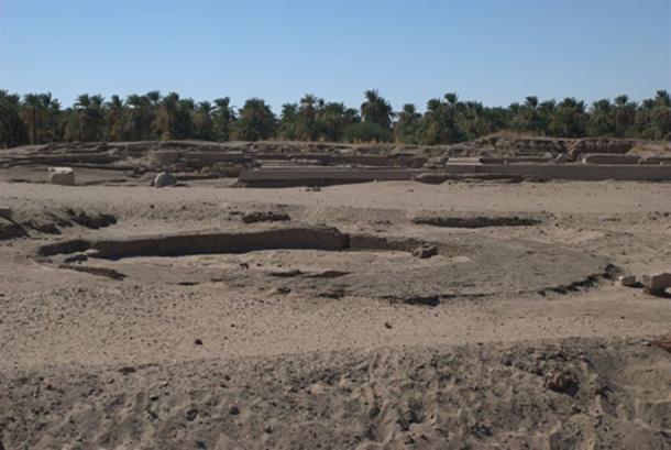 Kerma, Sudan, Egyptian Pnubs near western Deffufa.