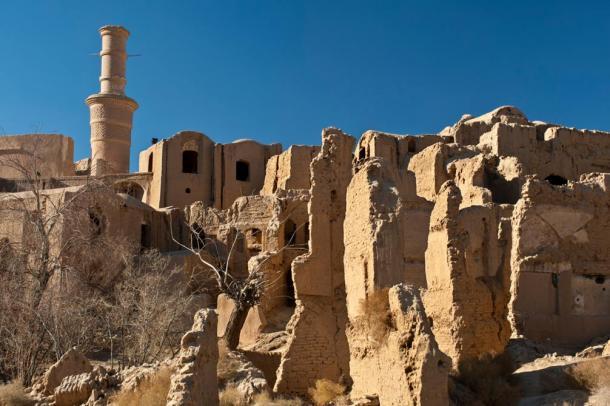 Kharanaq Old Town