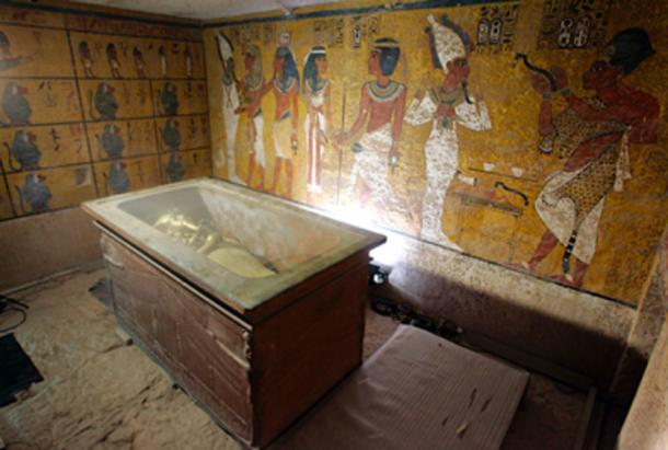 King Tutankhamun in his stone sarcophagus in his underground tomb in the famed Valley of the Kings in Luxor. (Nasser Nouri / CC BY-SA 2.0)