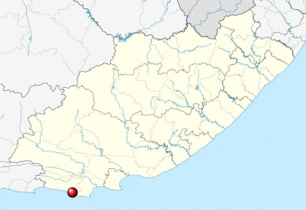 Klasies River Caves is on the Cape coast of South Africa source of starch diet discovery. (Htonl / CC BY-SA 3.0)