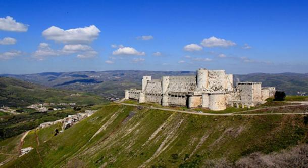 The Krak des Chevaliers and surrounding landscape.