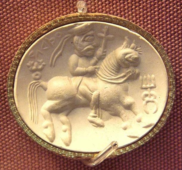 Kushan divinity Adsho (carnelian seal). British Museum.