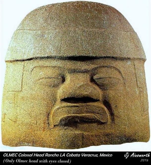 La Cobata colossal head.