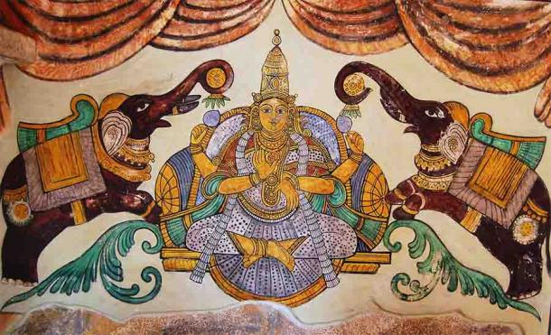 Lakshmi painting found on the inner walls of the Peruvudaiyār Kōvi or Brihadishwara temple, a major Hindu temple complex dedicated to Shiva located in Tamil Nadu, India. (Ankushsamant / CC BY-SA 3.0)
