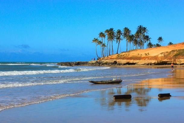 Lagoinha Beach, Ceará, Brazil (Luiza / Adobe Stock)