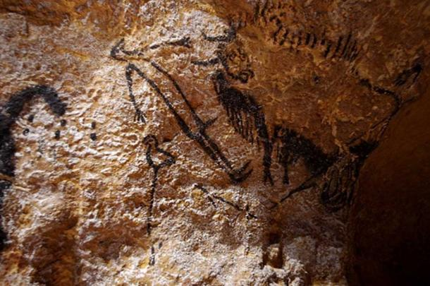 Lascaux 4, Montignac, Dordogne, France. The pictures are taken on a part called the atelier. (Public domain)