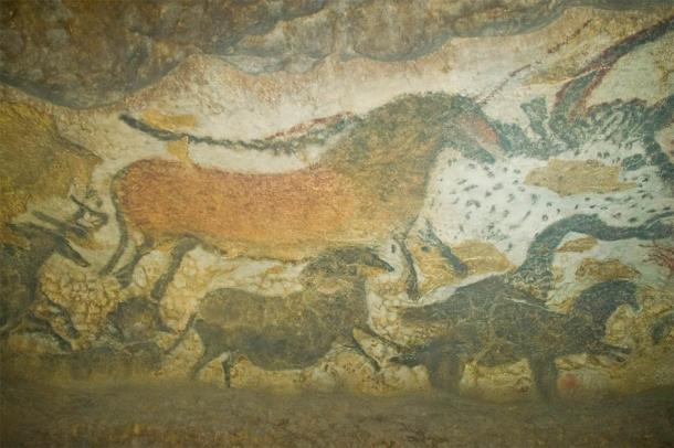 Lascaux Cave painting of a dun horse said to be 17,000 years old. (Andres /CC BY 2.0)