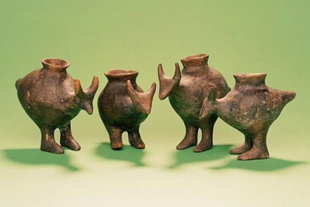 Late Bronze Age feeding bottles from Vösendorf, Austria (Enver-Hirsch/Wien Museum)