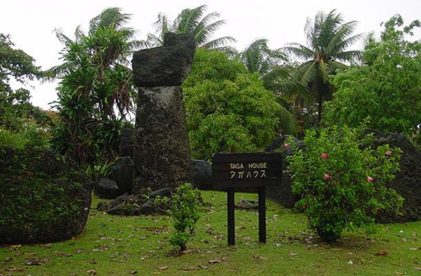 Latte Stones at Taga House, Tinian   Source: (CC BY-SA 2.0)