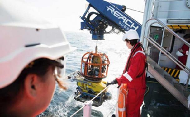 Launching the ROV, to explore the shipwreck, from the Stril Explorer. (MMT / University of Southampton)