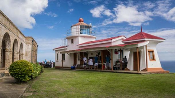 Lighthouse of Fort George (Kirsch, D / CC BY-NC-ND 2.0)