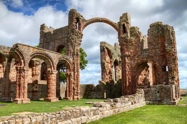 Lindisfarne Priory, Holy Island