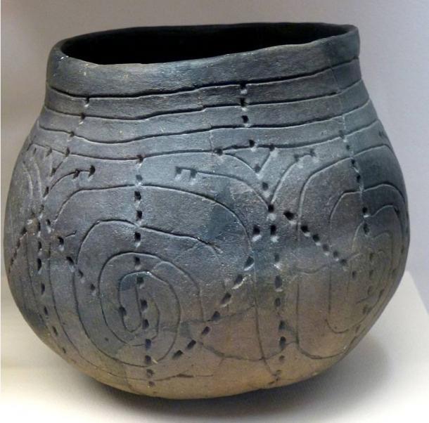 Linear Pottery culture ceramics.