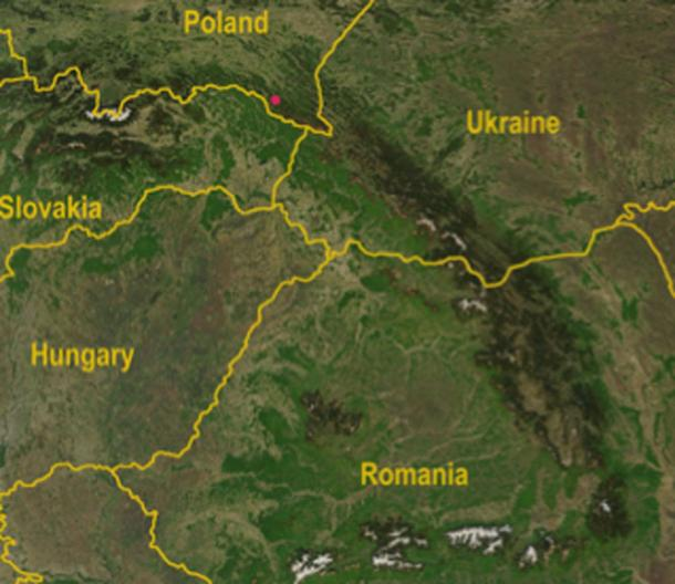 Location of discovery of the mace head in Poland - satellite map of the Carpathian Mountains with Dukla Pass in the Carpathian Mountains noted as red dot. (Qorilla / Public Domain)