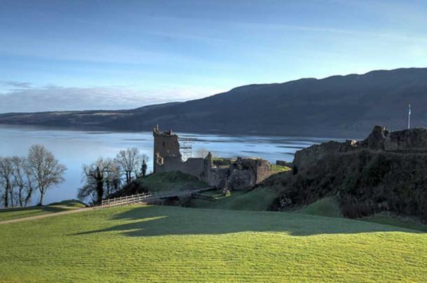 Loch Ness, at the north-east end of the Great Glen Fault, which divides the Highland zone. The thirteenth-century Urquhart Castle can be seen in the foreground.