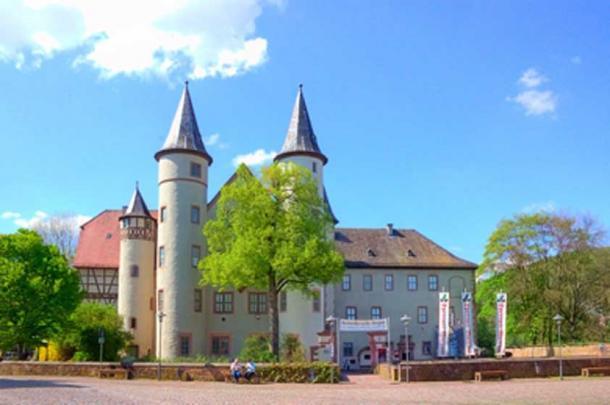 Lohr am Main castle where Snow While, Sophia, grew up. (Steschke / CC BY-SA 3.0)