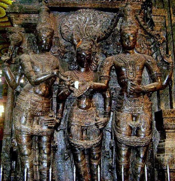 Lord Vishnu weds Meenakshi to Shiva.