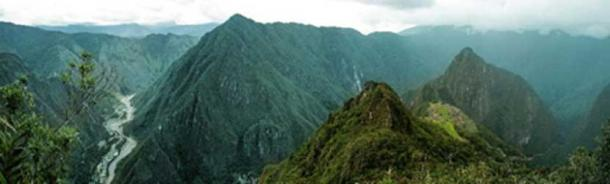 Machu Picchu panoramic. (jos_persona /Adobe Stock)