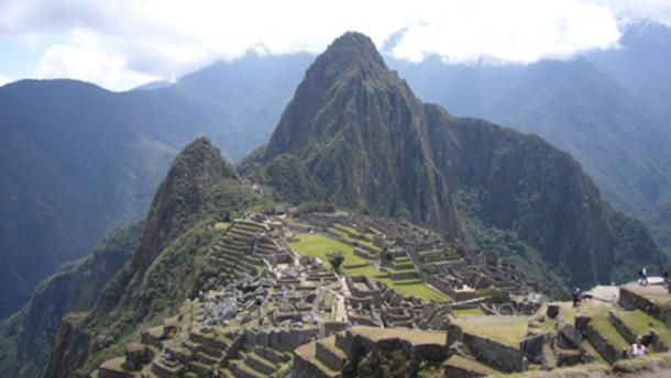 Machu Picchu, built by the Incas (Jazbinsek, F/ CC BY-ND-NC 2.0)