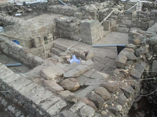 The town of Magdala's purification bath, which is still functional, is at the bottom of the steps visible in the center of the photo. (Wikimedia Commons)