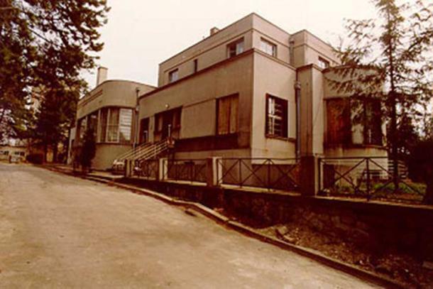 Main building, back view, Astronomical Observatory Belgrade.