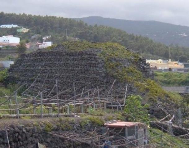 Main pyramid in Santa Barbara