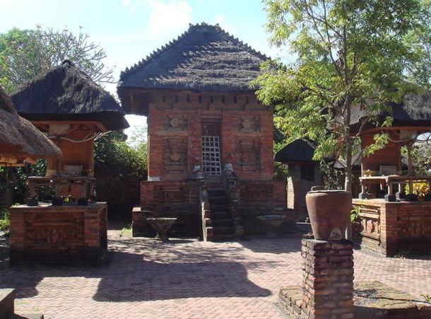 """Pura Maospahit """"Majapahit Temple."""" Denpasar, Bali."""