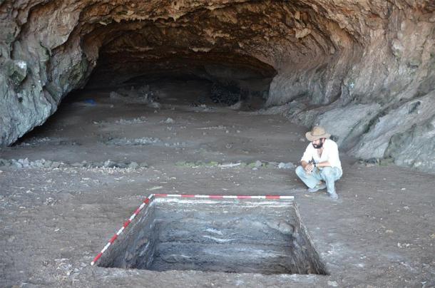 The site of Makpan, Alor. (Sue O'Connor)