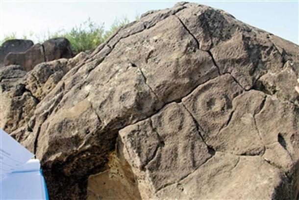 Many other examples of faces have been found in Far East Russia and Mongolia. (Image: Inner Mongolia Daily)