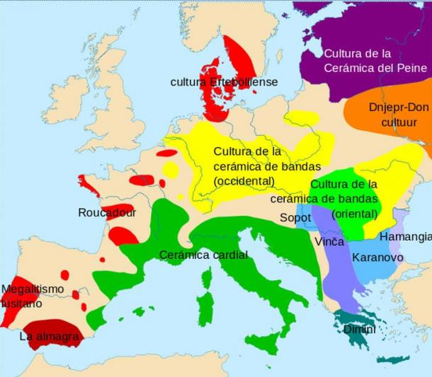 Map of Europe in which the dissemination of some of the different cultures of the Neolithic is observed, 4500-4000 BC