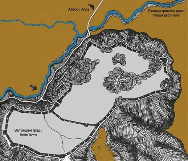 Map of the hilltop fortress of Rusokastro