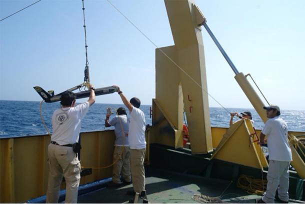 Marine archaeologists are starting to perform the search for the Juncal shipwreck in the Gulf of Mexico. (Instituto Nacional de Antropología e Historia de México)