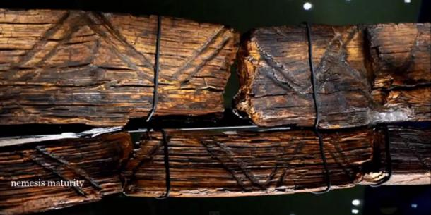 Markings on the Shigir Idol.