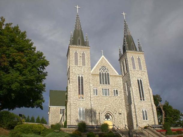 Martyrs' Shrine, Midland, Ontario, Canada. (Pjposullivan/CC BY SA 4.0)