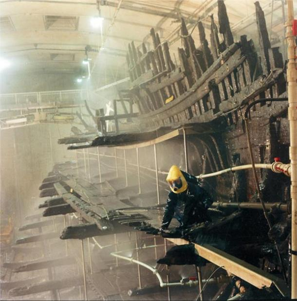 The Mary Rose ship going through conservation and preservation at the Historic Dockyard in Portsmouth, United Kingdom. (Mary Rose Trust / CC BY-SA 3.0)